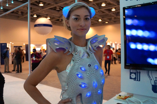 intel-smart-synapse-dress-3d-printed-1