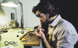 Storia di un orologiaio e di una stampante 3D per un nuovo artigianato