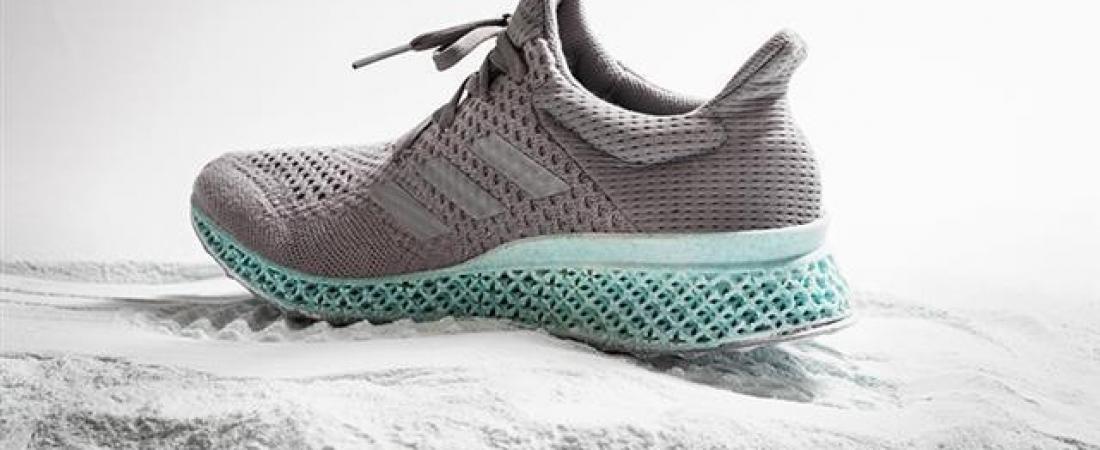 Da Adidas la scarpa stampata in 3D e fatta di rifiuti recuperati dall'oceano