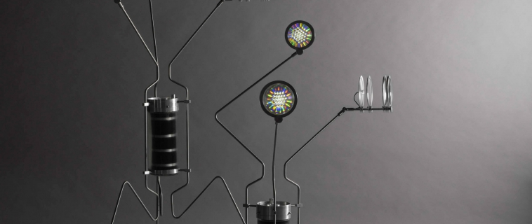 L'installazione Life Electric di Teresa van Dongen utilizza batteri viventi per generare elettricità.