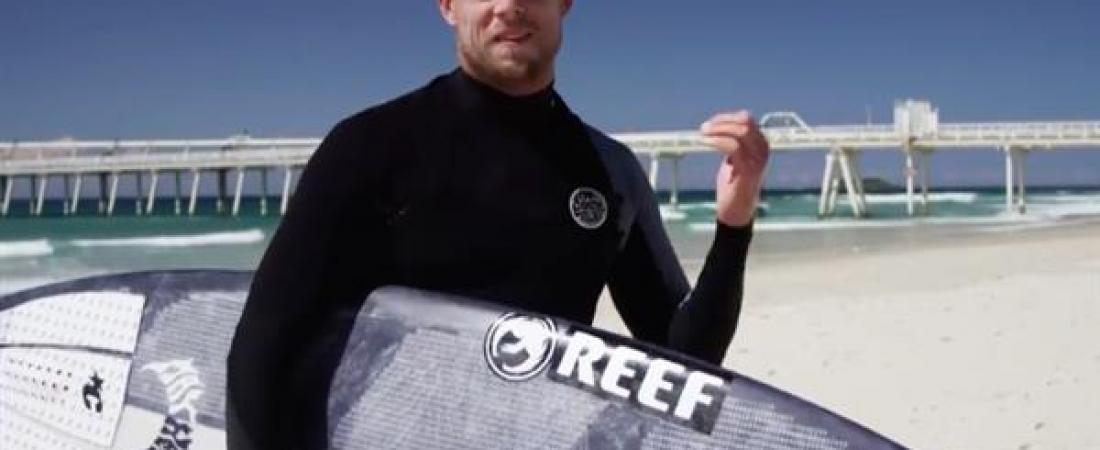 Mick Fanning sfida le onde sulla prima tavola da surf stampata in 3D