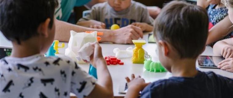Uno studio dimostra che la stampa 3D migliora il pensiero progettuale e la creatività nelle scuole primarie